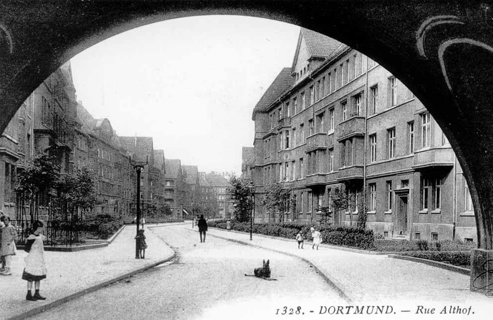 Die Althoffstraße um 1924 - eines der Vorzeigequartiere von Spar- und Bau.
