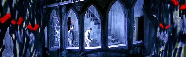 """Schauspielhaus: Dieses """"Internat"""" ist gewöhnungsbedürftig, verstörend und hinterlässt ratlose ZuschauerInnen"""