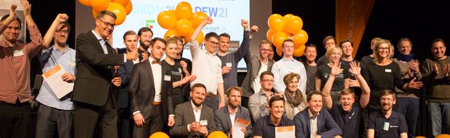 """Der 38. start2grow """"Pitch and Party""""-Abend im domicil: Preise für innovative Ideen junger UnternehmerInnen verliehen"""