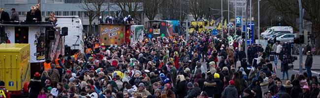 FOTOSTRECKE: Das war der Rosenmontagszug in Dortmund