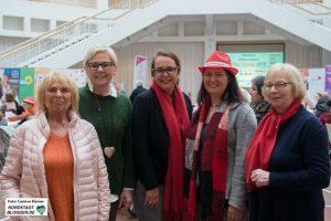 Von links nach rechts: Ulla Pulpanek-Seidel (SPD), Justine Grollmann (CDU), Anja Butschkau (SPD), Maresa Feldmann (Gleichstellungsbeauftragte der Stadt), Inge Albrecht-Winterhoff (SPD)