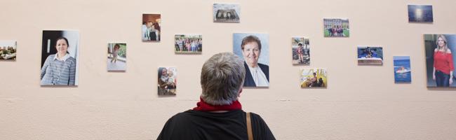 """""""Aus dem Alltagsleben – Fotografien von sechs Frauen"""": Vernissage des Tandem-Workshops im Haus der Vielfalt"""