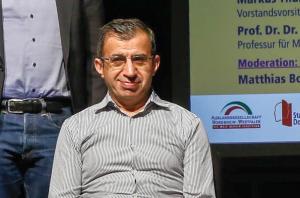 Prof. Ahmet Toprak (FH Dortmund)