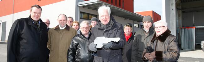 Schlüsselübergabe: Das Tiefbauamt Dortmund bezieht neue Betriebsstätte direkt neben der EDG an der Alten Straße