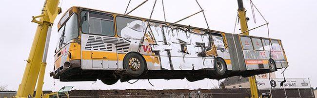 """""""Wenn dir das Leben einen Bus schenkt"""": Der Junkyard haucht einem altem Gefährt in der Nordstadt neues Leben ein"""