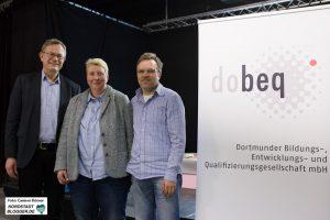 Geschäftsführer Joachim Thiele mit Heike Henze-Brockmann (Betriebsleitung Arbeitsmarktprojekte) und Lothar Ridder (Projektbereichsleitung Produktionsschulen)