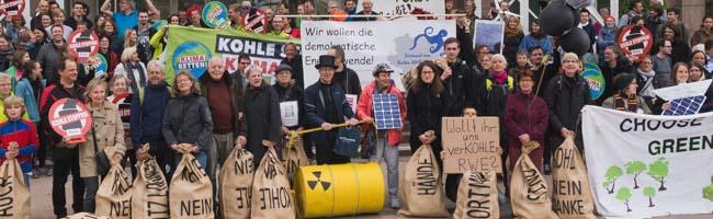 #hambibleibt: Für Samstag rufen UmweltschützerInnen zur Demo am RWE-Tower gegen Braunkohle-Abbau auf