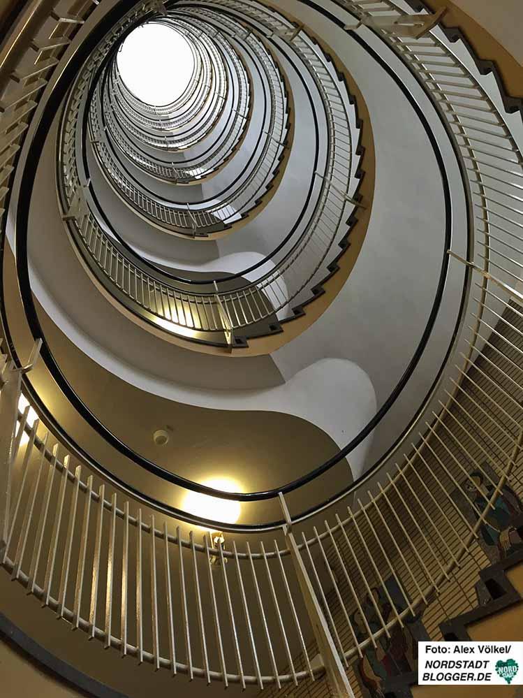 Das Treppenhaus ist das markanteste Wahrzeichen des denkmalgeschützten Gebäudes.