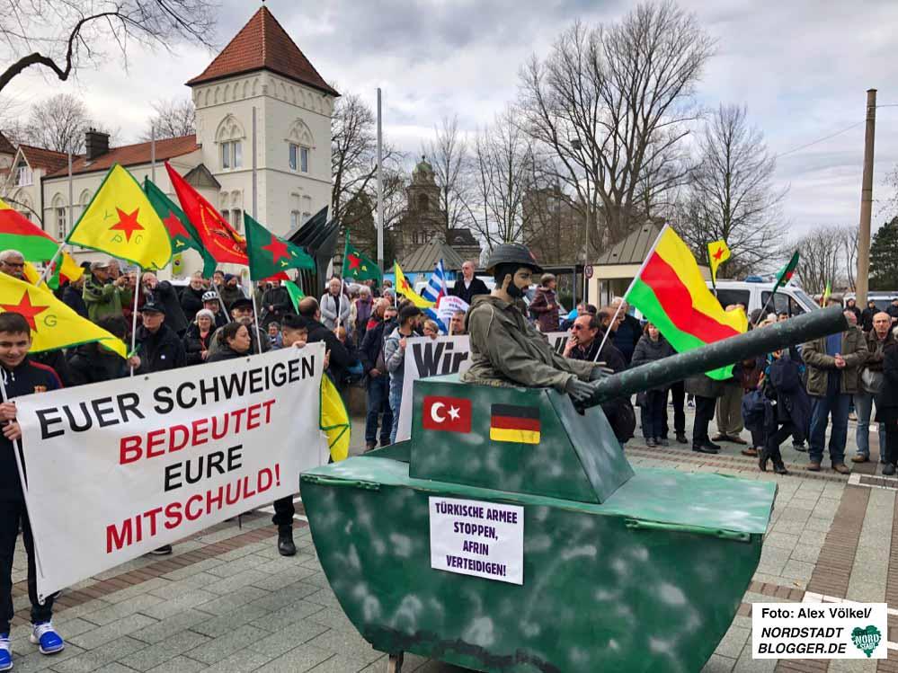In Dorstfeld stand neben dem Kampf gegen Rechtsextremismus der Krieg in Afrin im Mittelpunkt.