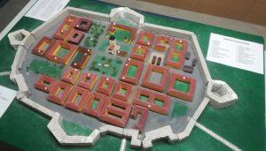 von Schülern der AG angefertigtes Model des Lager Theresienstadt