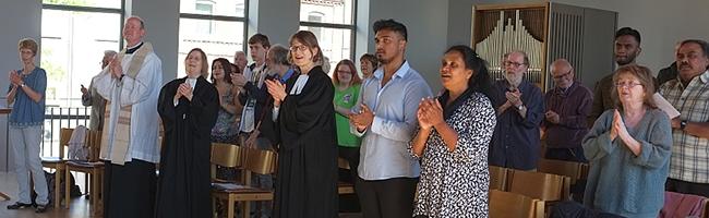 """""""Unterschiedliche Sprachen – ein Geist"""": Internationaler ökumenischer Gottesdienst in der Lutherkirche"""