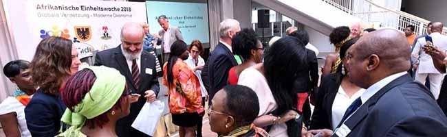 Zum Tag der Afrikanischen Einheit: Wirtschaftliche und soziale Entwicklung des Kontinents ist Thema im Dortmunder Rathaus