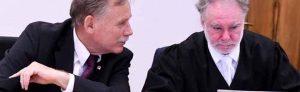 Verhandlung vor dem Amtsgericht Dortmund: Dem ehemaligen Feuerwehr-Chef Klaus Schäfer werden Volksverhetzung und Holocaust-Leugnung vorgeworfen.