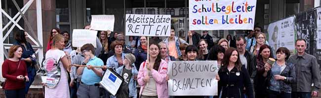 Schulbegleitung in Dortmund: Stadteltern fordern Kontinuität und gute Bezahlung statt prekärer Beschäftigung