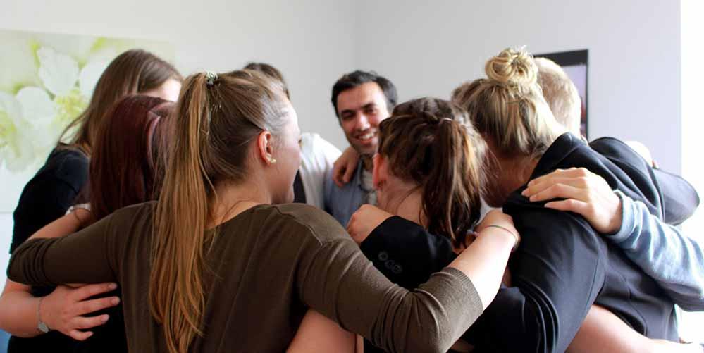 Teamwork steht bei den jungen Ehrenamtlichen im Mittelpunkt. Fotos: Verein