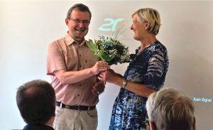 Ein kleines Dankeschön für Ulrike Ullrich für ihren Einsatz zugunsten des Gast-Haus