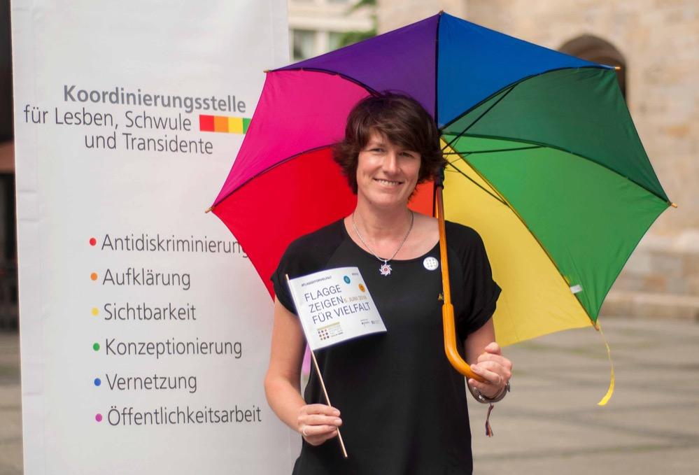 Susanne Hildebrandt von der Koordinierungsstelle für Lesben, Schwule und Transidente der Stadt Dortmund.