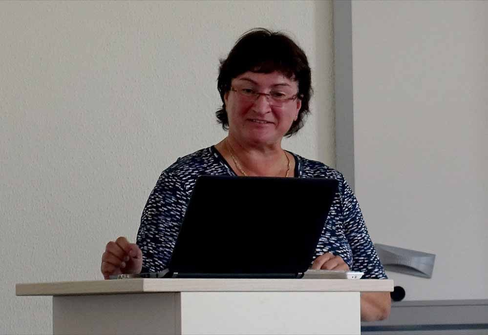 Sigrid Hagedorn: Wer Kindern und Jugendlichen helfen will, darf die Eltern nicht außer Acht lassen.