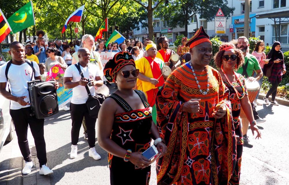 """Los ging es bereits am Freitag mit der """"Parade der Vielfalt""""."""