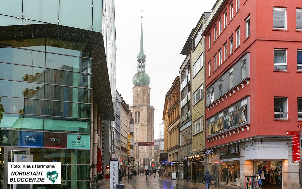 Brueckstraße mit Reinoldikirche