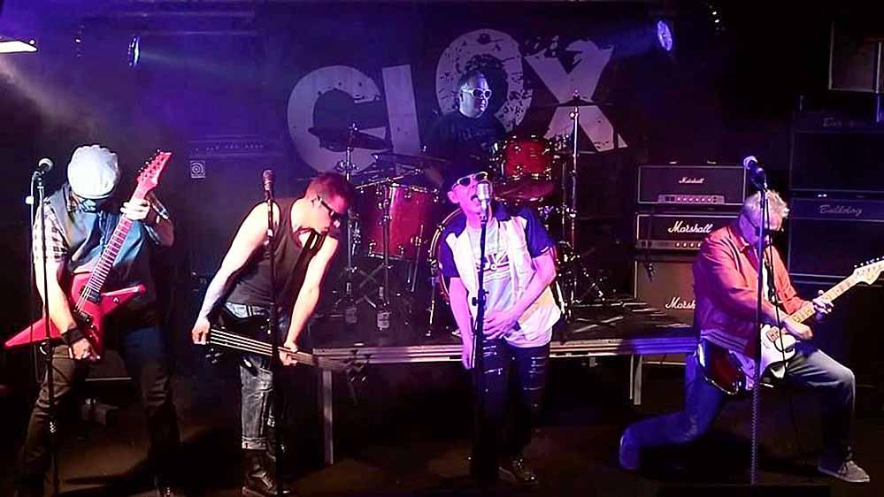 """Die """"Clox"""" wurden 1977, als der Punk nach Deutschland schwappte, gegründet. Foto: Veranstalter"""