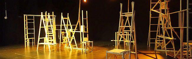 """""""Täglich Brot, oder: wie ein Hamster im Rad"""" – Frontalangriff auf Neoliberalismus durch Theaterwerkstatt im Depot"""