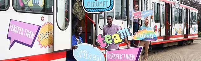 DSW21 und DEW21: Stadtbahn zeigt Flagge – Ausbildung, Qualifizierung und Ferienprojekt eröffnen Chancen