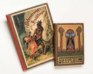 Auch Wildwest-Literatur wird ausgestellt. Foto: Badisches Landesmuseum Karlsruhe