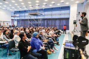 2018.06.22 Dortmund Talk im DKH zu Gast am Helmholz-Gymnasium - Moderator Aladin al-Mafaalani