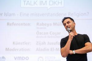 2018.06.22 Dortmund Talk im DKH zu Gast am2018.06.22 Dortmund Talk im DKH zu Gast am Helmholz-Gymnasium - Özcan Coşar