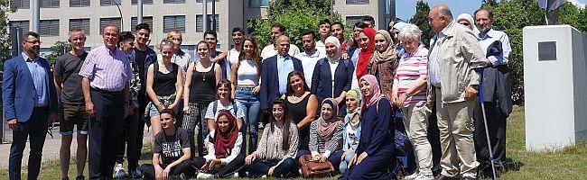 Tagesausflug einer Jugendgruppe aus Palästina nach Dortmund – kurzer Zwischenstopp bei der Auslandsgesellschaft NRW