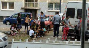 Rumänische Roma treffen aus Frankreich in der Mallinckrodtstraße ein - Neuzugänge in der Nordstadt.