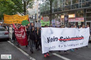 """Die """"Kein Schlussstrich""""-Demo führte von der Dortmunder City in die Nordstadt. Foto: Leopold Achilles"""