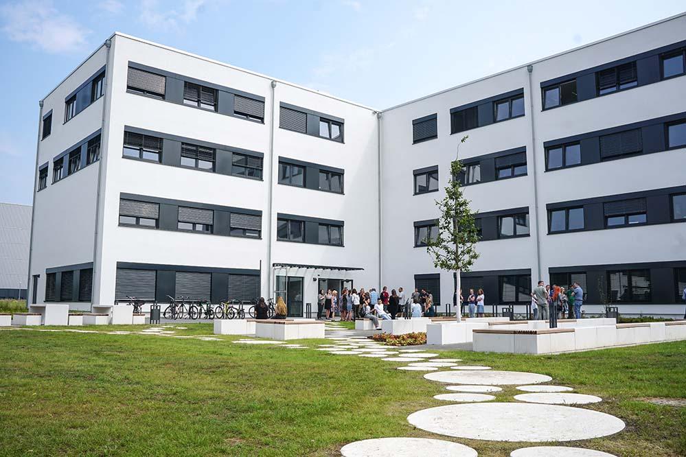 Das neue Gebäude an der Emil-Figge-Straße soll die steigenden Studierendenzahlen kompensieren.