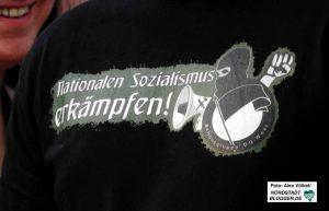 Bewusst kämpferisch und am Nationalsozialismus orientiert geben sich viele Aktivisten der Szene.