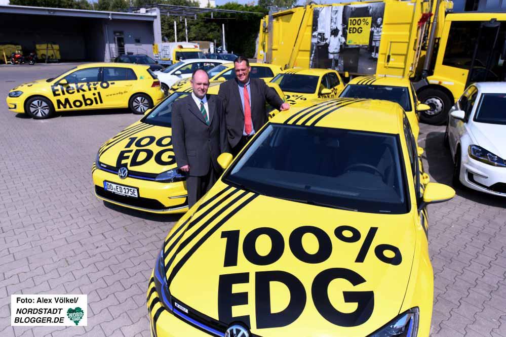 Die EDG-Geschäftsführer Klaus Niesmann und Frank Hengstenberg präsentierten die neuen Elektrofahrzeuge.