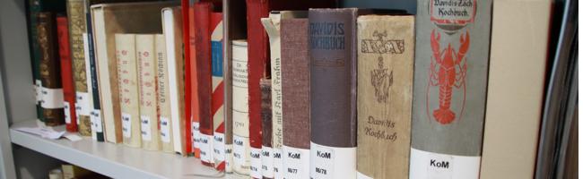 Kochbuchberatung: In der historischen Bibliothek können Interessierte in bis zu 300 Jahre alten Büchern stöbern