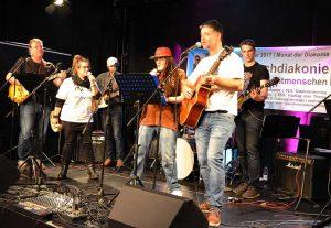 "Die Diakonie-Band ""Unkaputtbar""."