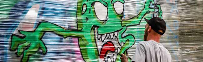 FOTOSTRECKE:  Sieben Tage Ferienworkshop für Jugendliche – Impressionen der Graffiti-Tour des JKC im Blücherpark