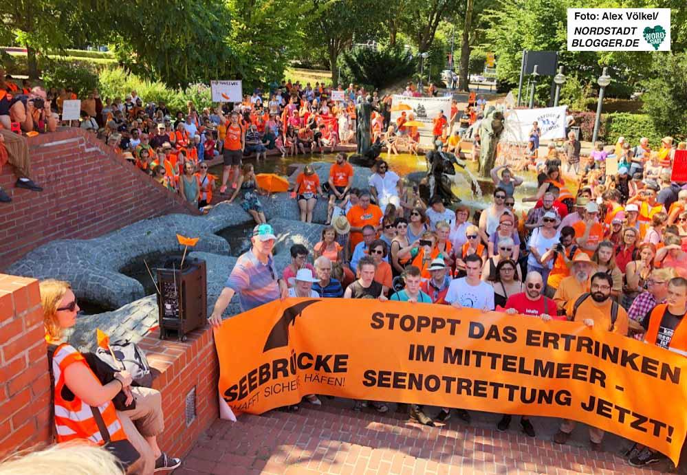 Protest in Dortmund gegen eine Politik, der sich weder um Rechte, noch um den Tod von Menschen bekümmert.