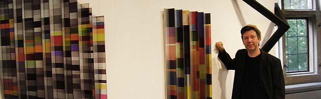 Neue Ausstellung im Torhaus Romberpark: Wie Kunstwerke durch Licht ihre haptischen Grenzen durchbrechen
