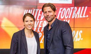 Dortmunds Regionales EURO2024-Botschafterteam Annike Krahn und Roman Weidenfeller steht Rede und Antwort. Foto: Roland Gorecki/ Stadt DO
