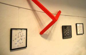 Die Teilkuben erschließen ebenfalls neue Räume und implodieren in der Galerie.