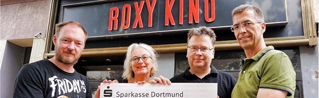 Nordstadt: Roxy-Kino kann digitale Projektionstechnik anschaffen – Spende der Sparkasse macht es möglich