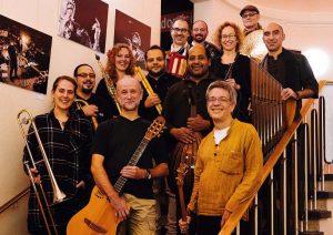 Das Transorient Orchestra. Foto: Lutz Voigtländer