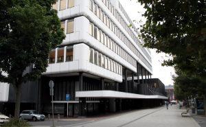 """Das DOC-Gebäude an der Kampstraße wurde erst im September als """"Big Beautiful Building"""" ausgezeichnet. Foto: Karsten Wickern"""