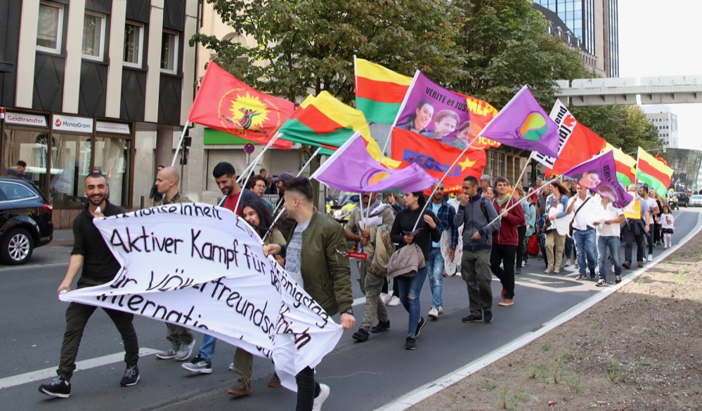 Zum Antikriegstag gab es auch eine Demo. Foto: Karsten Wickern