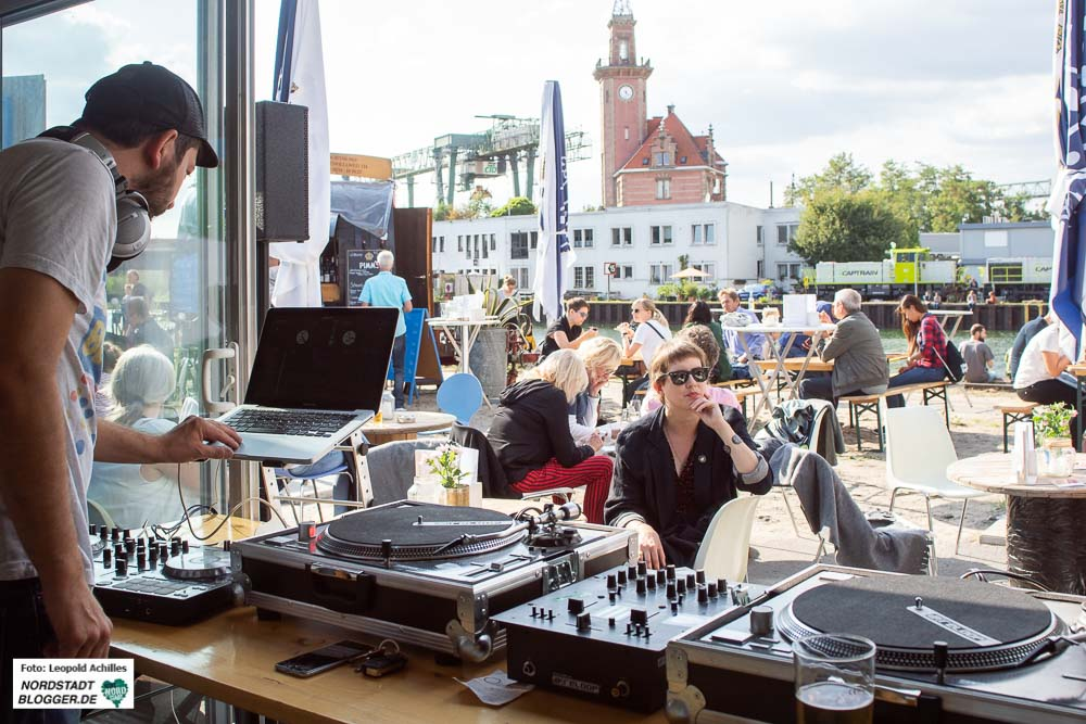 Hafenspaziergang: An 50 Orten gab es rund 100 Veranstaltungen. Fotos: Leopold Achilles