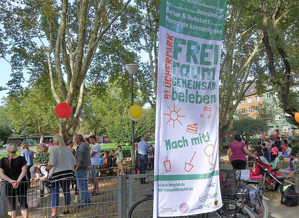 Nachdem im September und Oktober Ideen gesammelt wurden, geht es am Wochenende nun endlich los. Wer den Blücherpark mitgehalten möchte, ist herzlich dazu eingeladen.