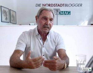 Holger Minzel im Interview bei Nordstadtblogger.de. Fotos: Alex Völkel